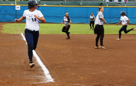 Softball Warriors triumph against Sabers