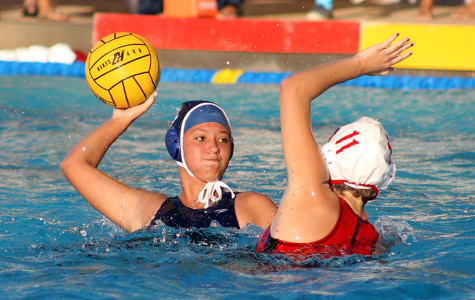 Lunas get one over water polo Warriors